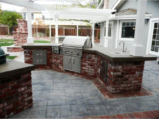 Personal Touch Landscape - Outdoor Kitchens 05